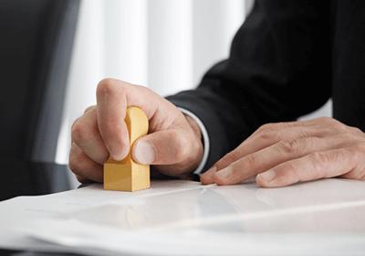 パートナー(最高レベルの税務に関するプロであり、経営にも関与)